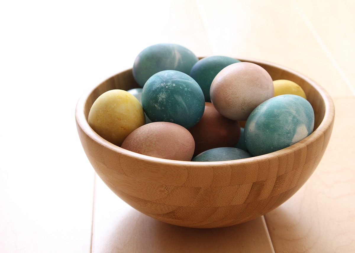 Vegetable Egg Dyes for Easter